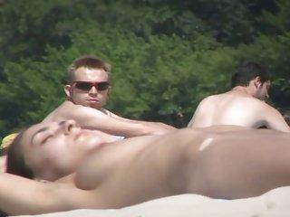 89免费的色情影片海滩上的裸体棘手从40米的业余天线