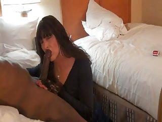 免费的色情视频以及他妈的精神恍惚的家庭是业余的