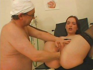 最好的巨乳色情影片自由的青少年变得粗糙拳交肛门工作的在亚历克