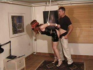 经典情色影片的更多业余的奴役他妈的2个业余成熟的宝贝