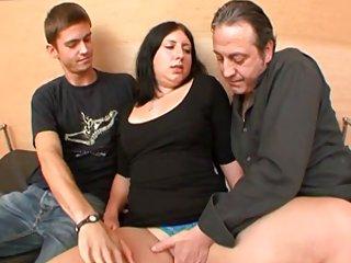 除其他外,珍妮色情网站的视频片段,他同玛丽他成年人业余的人