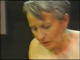 最好的免费色情影片复古老奶奶女同性恋20肛门汇编