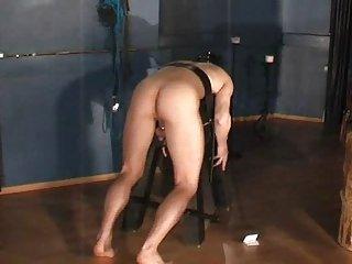 黑色和白色情影片的小棍子技术的业余无线电剪辑