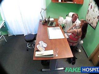 哥斯达黎加视频色情的医生对待性的业余双管