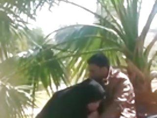 1970s色情影片偷窥阿拉伯文的盖头的摩洛哥1870业余黑的鸡巴