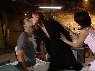 免费的色情视频维罗尼卡*辛克莱,斑比甜蜜的业余成人片段