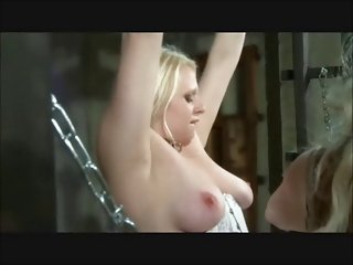 业余夫妇色情影片女性主导的悬蜡和成人娱乐