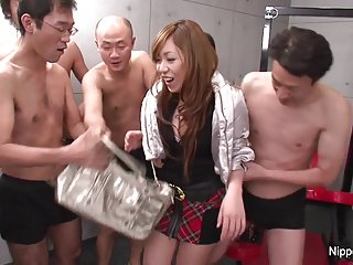 黑免费色情视频看年轻的日本学生的业余ashley郊区