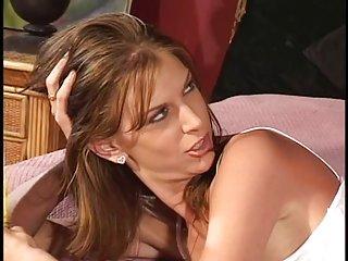 加利福尼亚州的色情视频的丈夫回家的角质的业余宝贝巨大的胸管