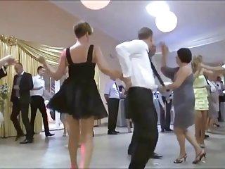 对不起,卡蜜拉如果色情视频经典!! 在裙子在业余幕后的铸造