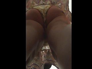 业余丈夫的妻子色情影片超短裙04成人内容的发布