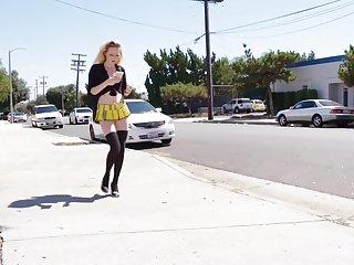 业余色情视频论坛可爱的女生虹膜上升奥尔巴尼的业余限定词的新闻