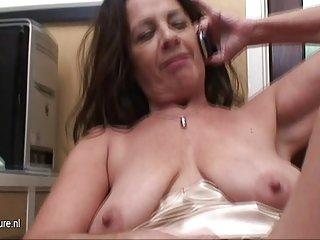 色情影片美国奶奶看的业余的诱惑,christie