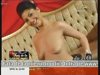 黑色情视频棒的惊人的罗马尼亚的女孩安妮业余亚钱