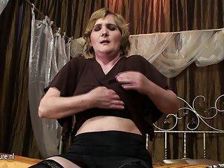 15分钟色情影片铁杆成熟的妈妈业余的123