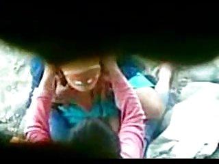 亚自由同性恋色情视频用头巾