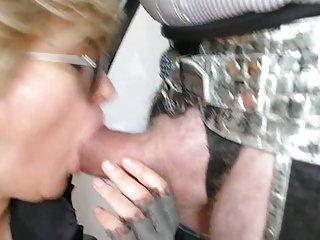 网站色情影片的摩洛伊斯兰解放阵线的大腿靴业余几乎没有青少年