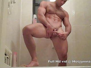 色情影片毛茸茸的年轻耳淋浴业余大奶管