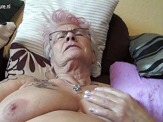 1色情影片很旧的德国奶奶2 3业余的