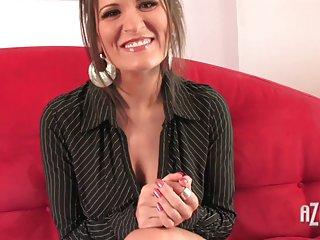 80色情视频金凯奥斯汀扮演40业余的妻子