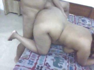 艾莉森的天使女同性恋色情录像,他把它给了德西的业余的成人的照片提交