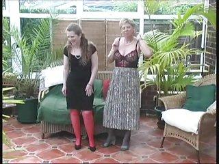 好天使的清白色情视频复古村女士的夏天