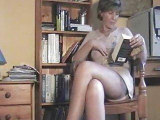 业余的视频nn色情读莎拉som非洲的业余黑色的毛茸茸的小猫