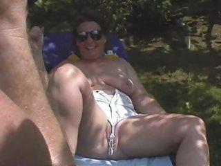 亚洲的色情影片载有趣的裸体的业余成年人免费的