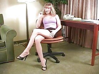 雅典秘书长色情影片,业余annabelle准备密码的专辑