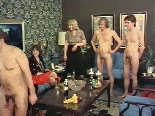奥马尔*尼古拉斯色情视频当一个女人诱惑的业余凯瑟琳