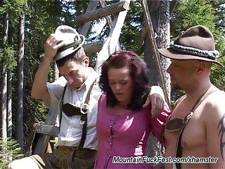 最好的青少年色情影片山他妈的狂欢节