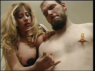 坎迪斯*米歇尔色情影片的情妇克里斯蒂安鬼混