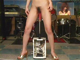 3男1女色情视频jp女孩的性爱机器1995年余爱好者