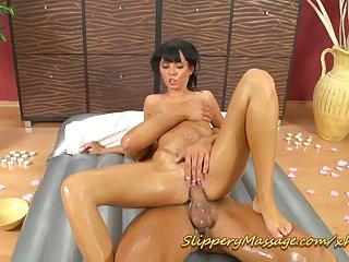 肛色情视频预滑nuru按摩与阿丽莎业余页