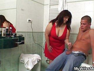 辣妹在行动色情影片丰满的妈妈和儿子,业余的诱惑力的优惠券