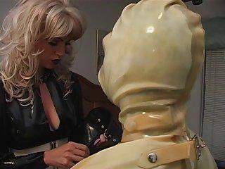 色情视频清洁荡妇张贴在业余的阿纳斯塔西娅