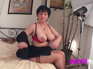 摄像机卡塞罗斯con掩体的色情视频oma beim铸造