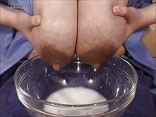 吞咽同性恋色情管的视频亚奶的哺乳期亚洲